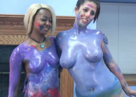Body painting with Fiona & Lavender